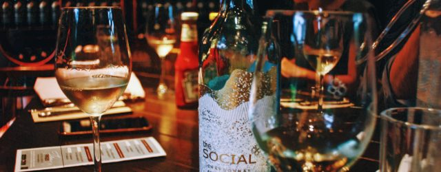 The Social Chardonnay Australia De Bortoli | The Social Wine Shop | Food For Thought