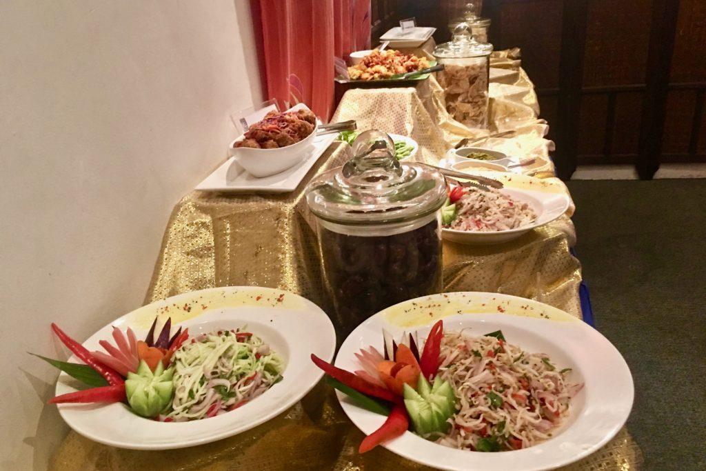 Buffet Ramadan Spread   Ramadan Buffet   Enak   Ramandan Buffet 2017   Food For Thought