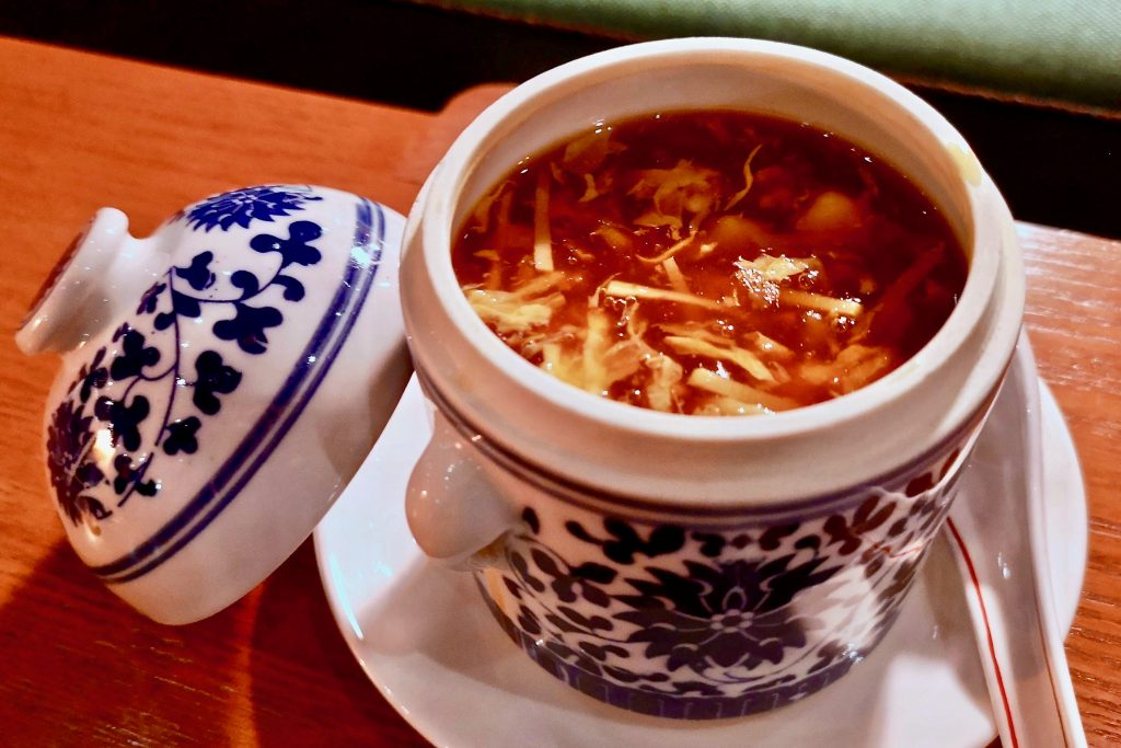 Old Bailey Restaurant 奧卑利 | Hot and Sour Seafood Broth 海皇酸辣羹 | Food For Thought