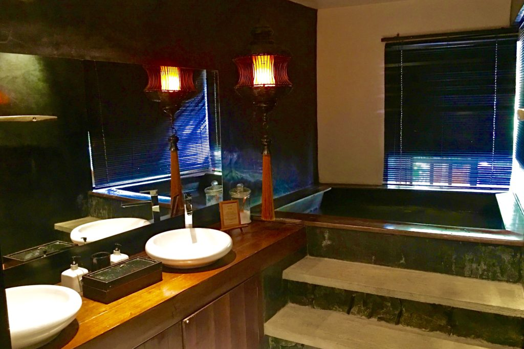 Jacuzzi | Villa Samadhi | Food For Thought