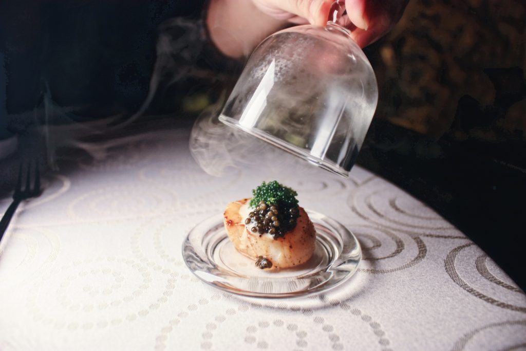Lightly Smoked Scallops, Caviar Cream Sauce, Sea Grapes | DC Restaurant x Jeff's Cellar x Être | Food For Thought