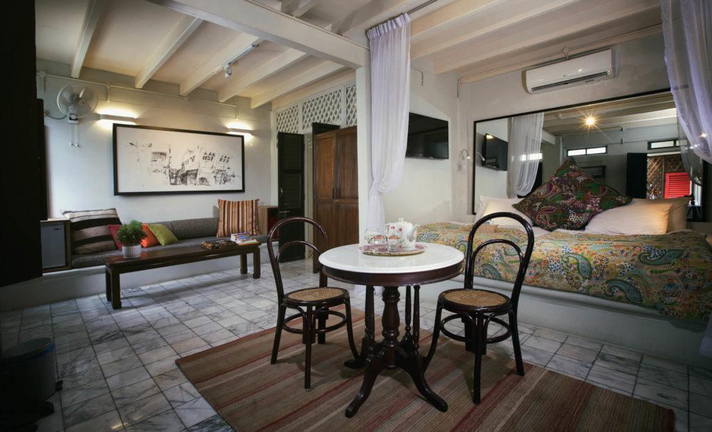 Mews Standard Room | Muntri Mews | Muntri Residence | Food For Thought