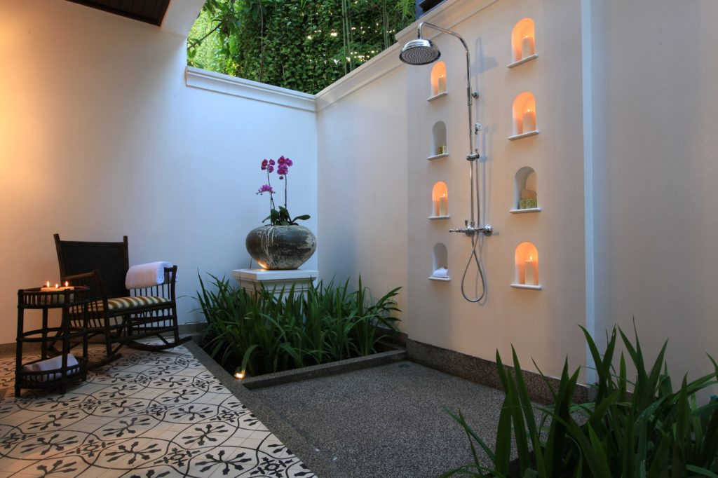 Outdoor Shower |East Borneo Suite | 137 Pillars House | Food For Thought