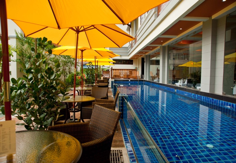 Poolside Aboveground | Hotel Penaga | Food For Thought