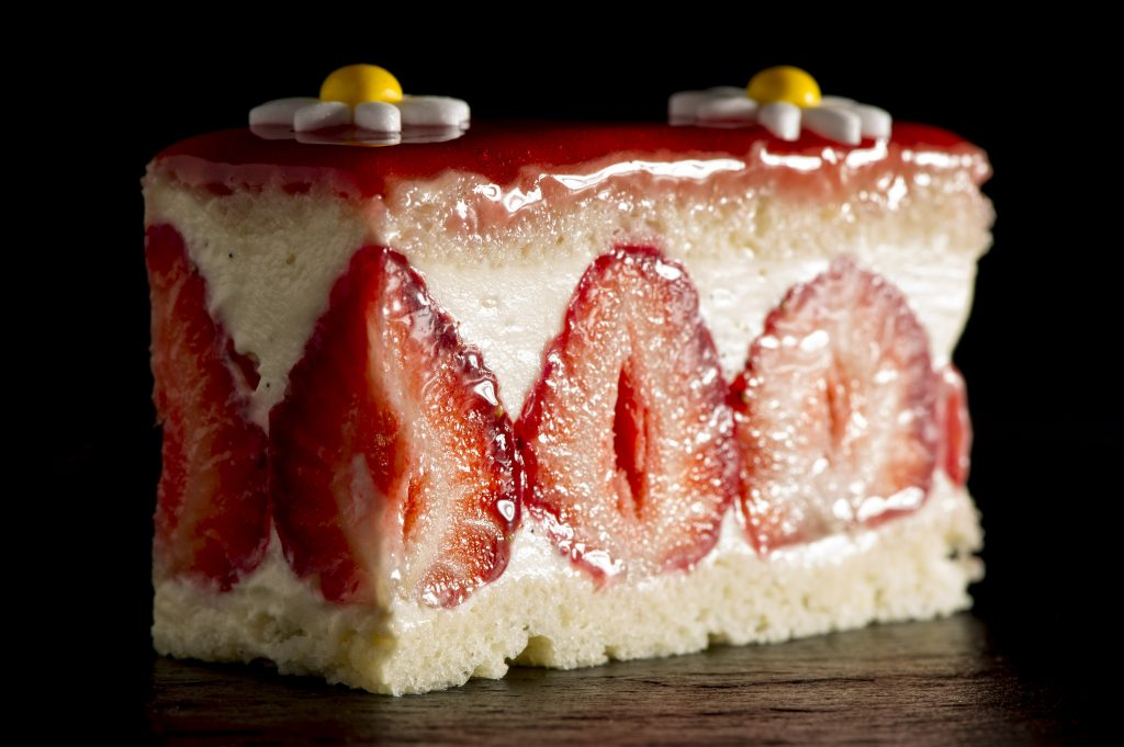 Strawberry Fraisier | Waku Ghin | Epicurean Market 2019 | Marina Bay Sands | Food For Thought