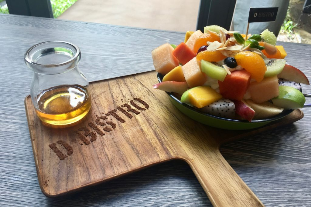 Tropical Fruit Pancake | D Bistro | RarinJinda Wellness Spa Resort
