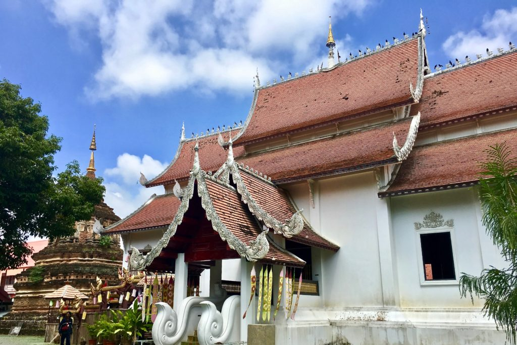 wat-chiang-mai-temples-in-chiang-mai-what-to-do-in-chiang-mai-food-for-thought